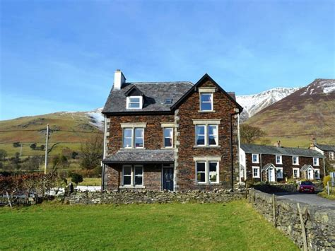 lake district cottages for rent choosing the best lake district cottages for a