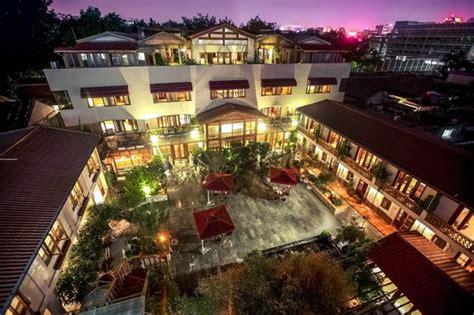 Wall Garden Hotel Red Wall Garden Hotel Peking China Mit Preisen