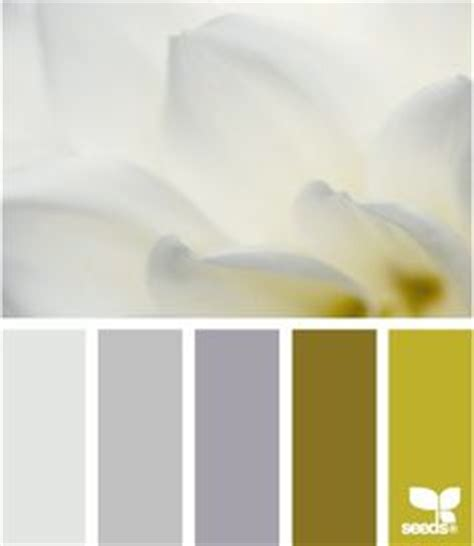 glidden paint colors toasted oatmeal hazy gentle fawn via mycolortopia a color