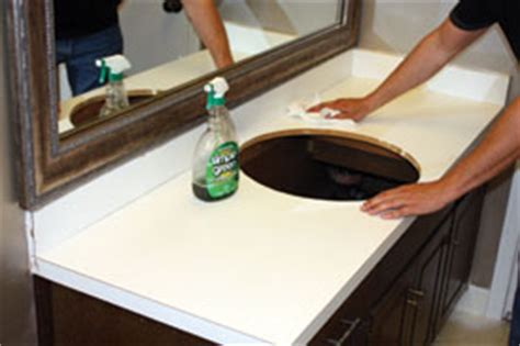 Painting Laminate Countertops White by Paint A Countertop To Look Like Granite How To