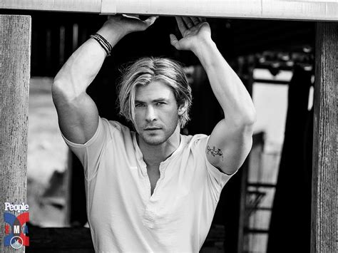 hottest man in the world 2015 chris hemsworth photo gallery page 6 celebs place com