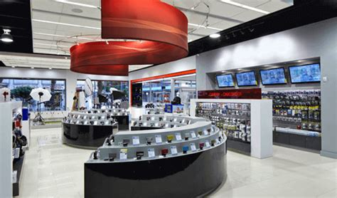 electronic retail stores  india