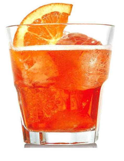 bicchieri aperol spritz i 10 cocktail pi 249 calorici in assoluto bergamo post