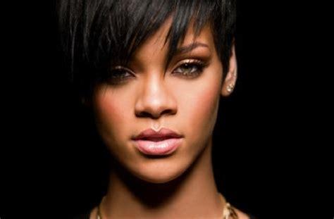 Rihanna Mp   barbados mp questions rihanna contract