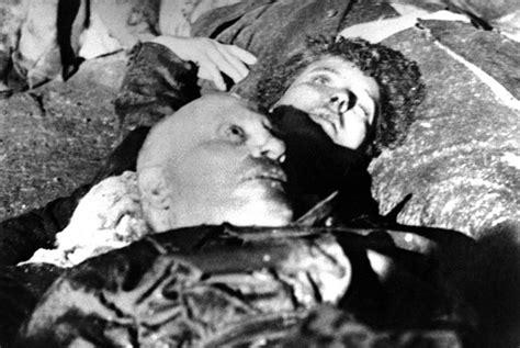 morte figlio salvatore bagni quando il cadavere nemico diventa manifesto