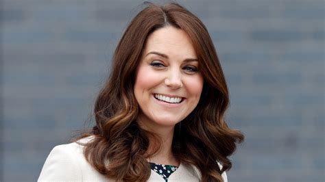Why I Kate Middleton kate middleton uses serum to gritty hair for