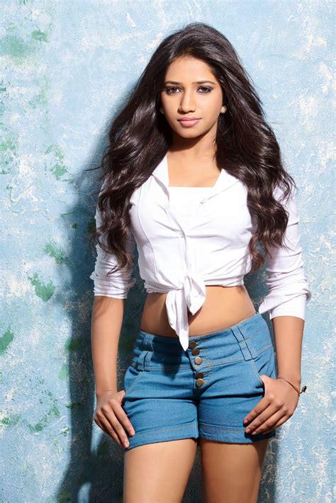 telugu actress yadav natasha yadav hot portfolio photo shoot latest tamil
