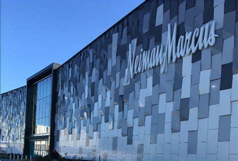 Garden State Mall Neiman Neiman Opens At Roosevelt Field Mall News
