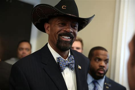 Milwaukee County Warrant Search Media Goes Nuts Sheriff Clarke Search Warrant But There S One Big Problem