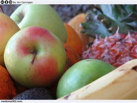 alimentazione per ernia iatale dieta per l ernia iatale cosa mangiare ed alimenti da evitare