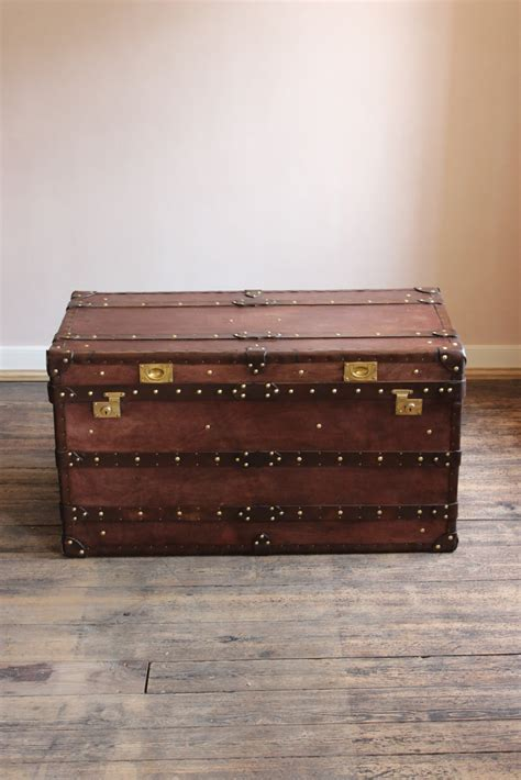 Bespoke Steamer Trunk Coffee Table In Leather Bespoke Leather Steamer Trunk Coffee Table