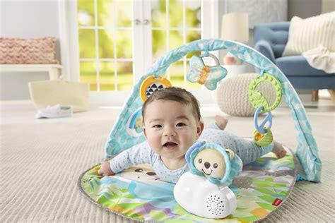 speelgoed baby 3 maanden het leukste baby speelgoed voor de eerste 3 maanden