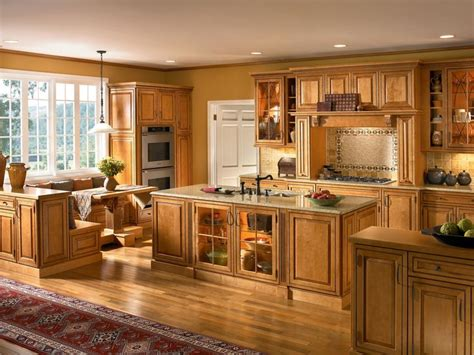 kraftmaid kitchen cabinet hardware the raised panel cabinet doors and oil rubbed bronze