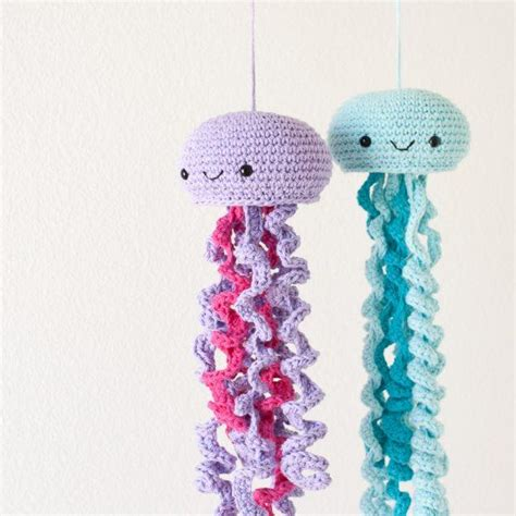 crochet pattern jellyfish hang out with these friendly jellyfish free crochet