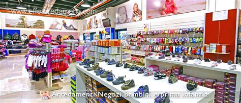 come arredare un negozio di scarpe arredamenti negozi per bambini e prodotti per l infanzia