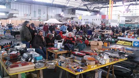 mercato dei fiori di pescia quot toscana auto collection quot al mercato dei fiori di pescia