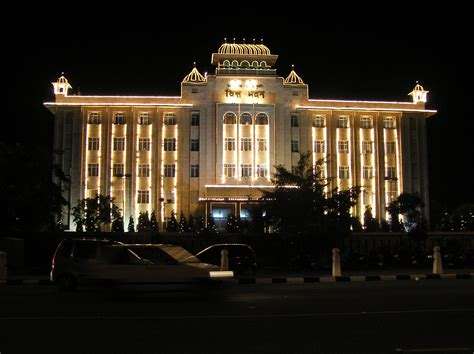 Pictures Of Decorated Homes file diwali illumination state government building jaipur