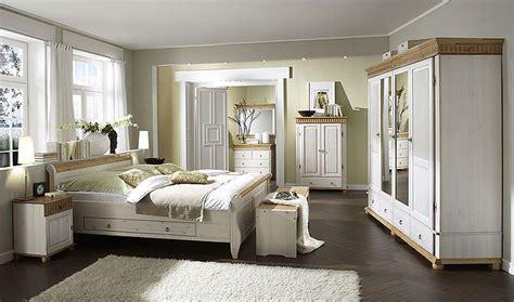 schlafzimmer komplett großer schrank schlafzimmer helsinki kiefer massiv kiefern m 246 bel