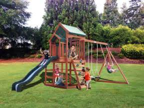 Small Playsets For Small Backyards by Interesting Backyard Playsets With Swing Sets And Pea