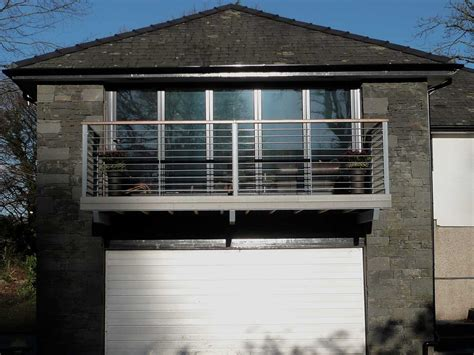 Steel Balconies   Balcony with Steel Railings   Sunrock