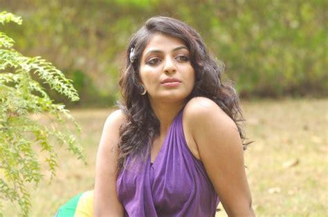 malayalam film actress hot photo gallery mythili malayalam actress hot photo shoot photos funrahi