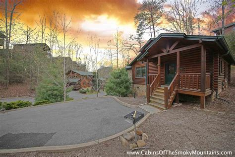 1 Bedroom Cabins Gatlinburg Tn by One Bedroom Cabins In Gatlinburg Pigeon Forge Tn