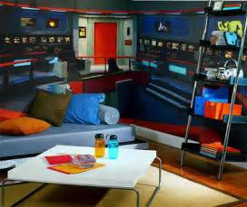 trek bedroom geeky bedrooms that are too cool to resist 34 pics