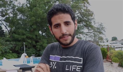 nas yassin arab israeli facebook star blasts kuwait for boycotting