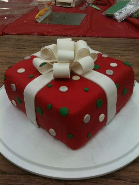 54 best images about wilton cake decorating on pinterest