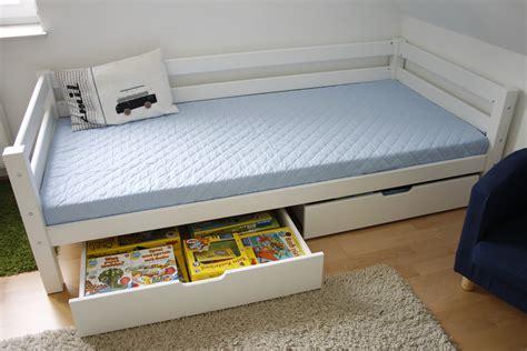 Bilder Für Das Kinderzimmer by Schlafzimmerschrank Ikea