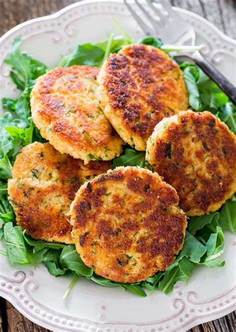 easy crab cake recipe best 25 baked crab cakes ideas on pinterest crab cake