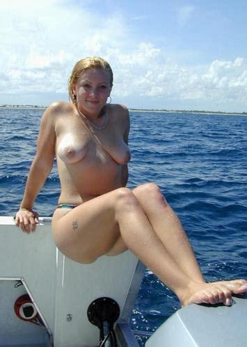 Naked Tina Yothers Nude Photos