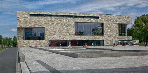 facciata casa cool parete ventilata in travertino with facciata casa in