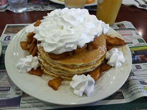 sophia house of pancakes fresh cinnamon apple pancakes with whipped cream picture of sophia s house of