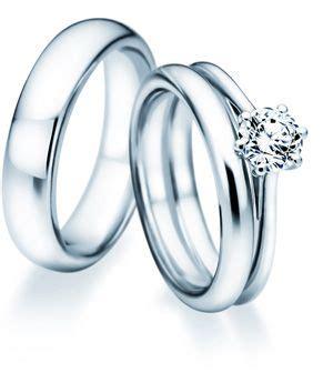 Ehering Mit Verlobungsring by Welche Ist Die Richtige Verlobungsringe De