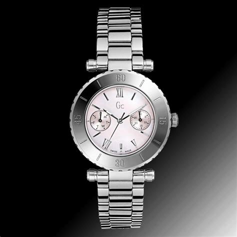 Guess Ceramic Chronograph White guess collection ceramic black gold