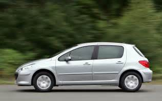 Peugeot 307 Review Peugeot 307 Hatchback Review 2001 2007 Parkers