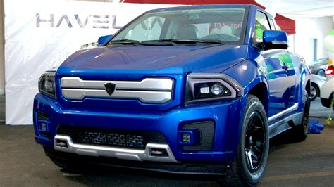 electric pickup truck new canadian designed fully electric pickup revealed