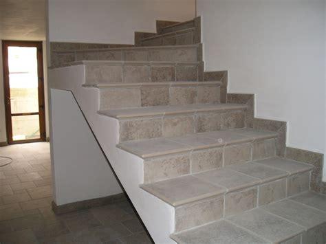 piastrelle per scale interne piastrelle per gradini scale scala da esterno in cotto