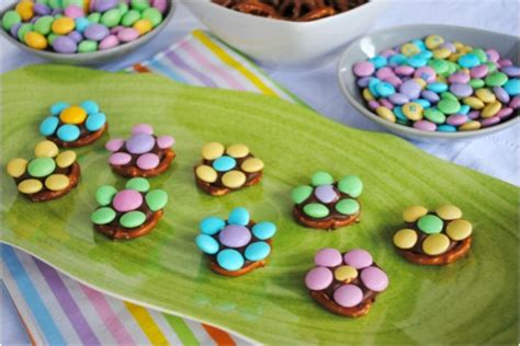 easy spring chocolate flower treats i make these at christmas with one m and call the reindeer