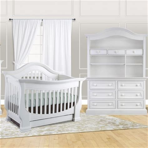 Davenport Convertible Crib Baby Appleseed 3 Nursery Set Davenport 3 In 1 Convertible Crib Dresser And Hutch