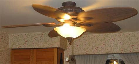 Ceiling Fan In The Kitchen by Ceiling Fans In The Kitchen