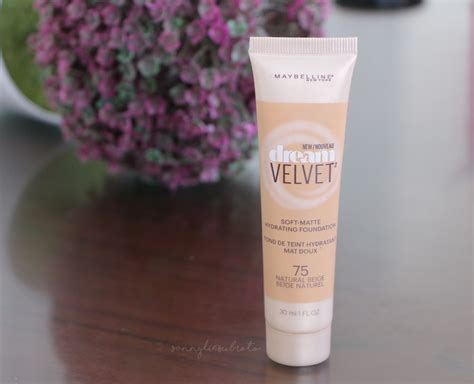 Review Dan Foundation Maybelline Sanny Lie Subroto Review Maybelline Velvet Matte