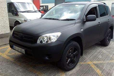 Fußmatten Auto Toyota Rav4 matte black rav 4 plasti dip cars everything