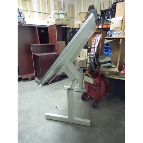 Norman Wade Drafting Table Norman Wade Radius Tension Drafting Table 72 X 43 Allsold Ca Buy Sell Used Office