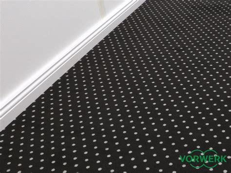 schwarzer teppich meterware teppichboden kinderzimmer vorwerk harzite