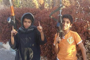 Syari And Kid extremist tweets photo of jihadi armed