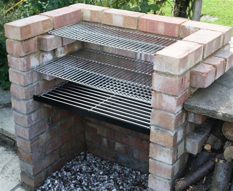 Diy Backyard Grill Best 25 Brick Grill Ideas On Outdoor Kitchen Grill Bbq Diy And Brick Bbq