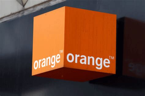 orange mobile uk orange and t mobile invest in customer service aol uk money
