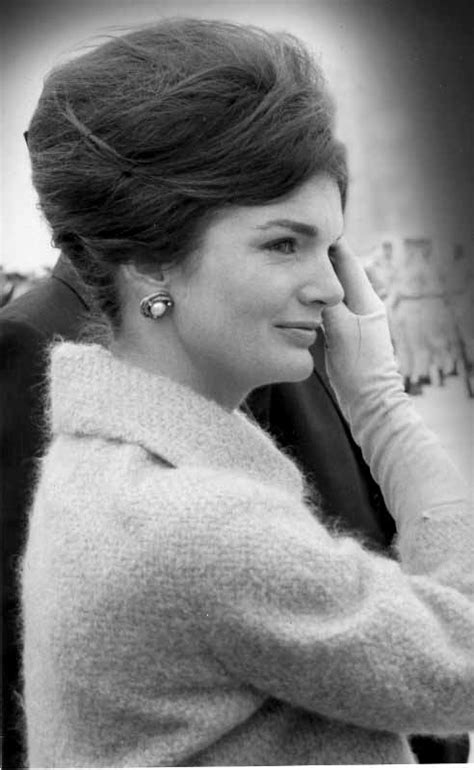 bouvier kennedy style icon jacqueline bouvier kennedy onassis